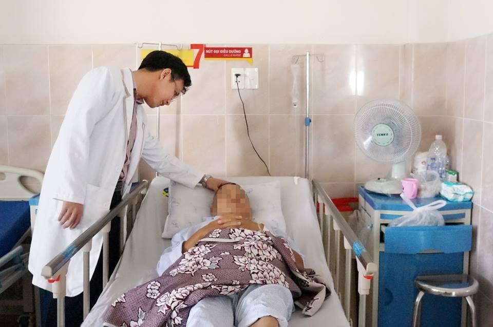 Cứu sống bệnh nhân nguy kịch do vỡ túi phình động mạch não