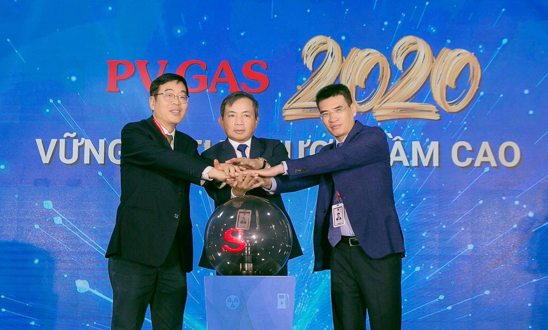 pv gas tich cuc trien khai chuong trinh thuc hanh tiet kiem chong lang phi nam 2020
