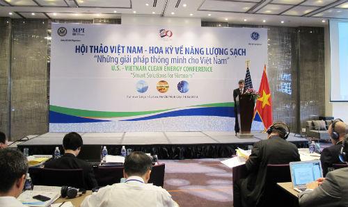 Việt Nam - Hoa Kỳ tăng cường hợp tác phát triển năng lượng sạch