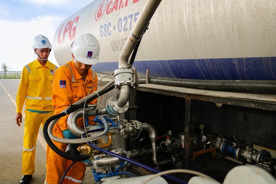 GPP Cà Mau đã thực hiện xuất an toàn chuyến xe bồn LPG thứ 10.000