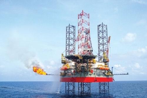 Cổ phiếu dầu khí tăng mạnh phiên đầu tuần, PVD tăng trần