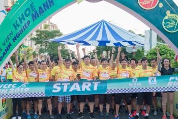 hon 600 van dong vien tham gia pvcfc run 2019
