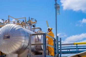 Cổ phiếu dầu khí đồng loạt tăng mạnh phiên đầu tuần