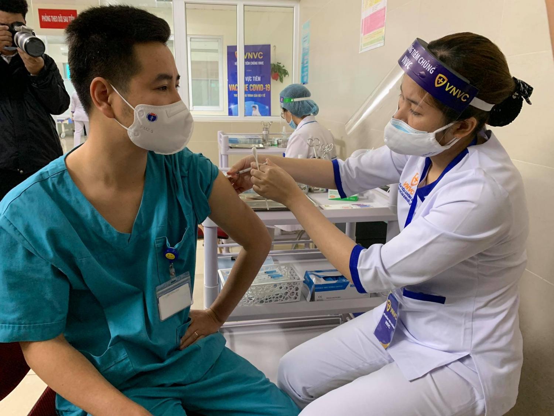 Các quốc gia đang đẩy mạnh chiến lược tiêm vắc-xin COVID -19