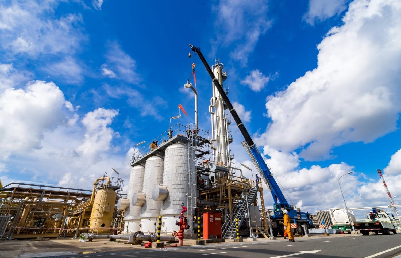Chứng khoán 22/6: VN-Index tăng hơn 7 điểm, cổ phiếu Dầu khí tiếp tục xanh