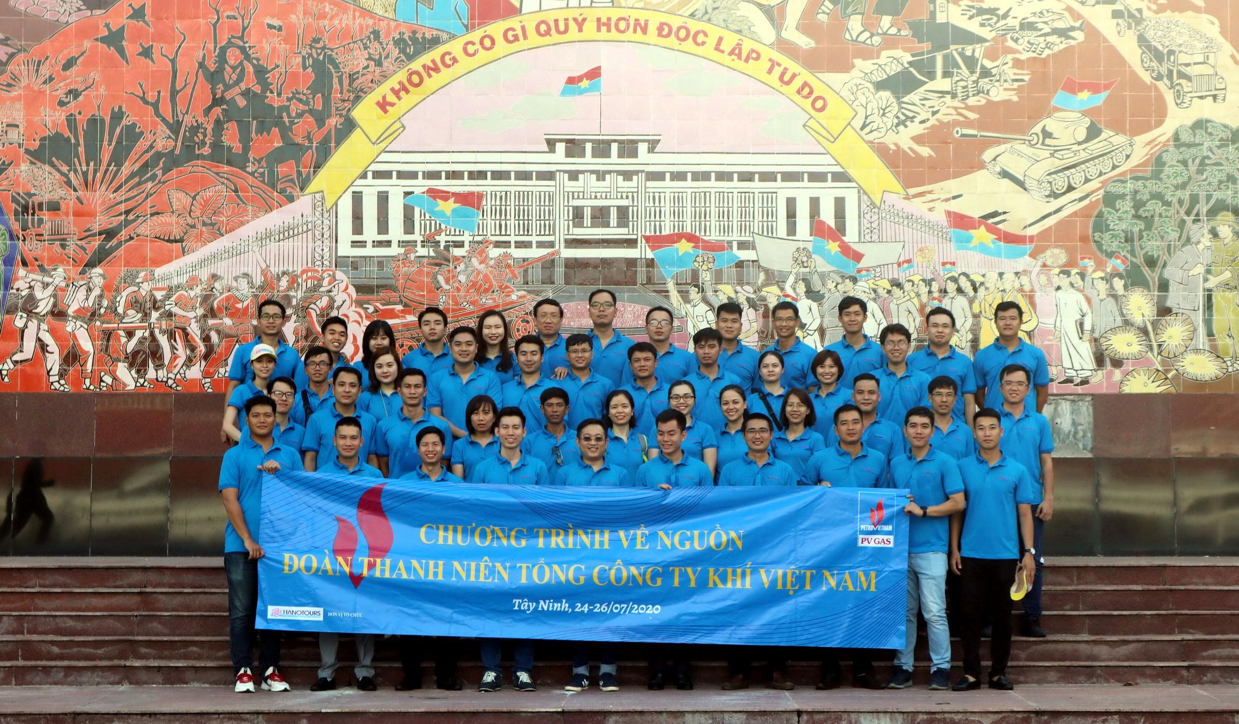 Tuổi trẻ PV GAS về nguồn tại Tây Ninh