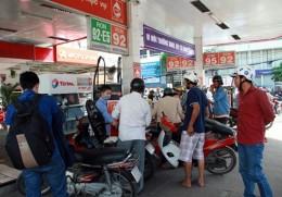 TP HCM: Đến ngày 30/11 sẽ chỉ bán xăng E5