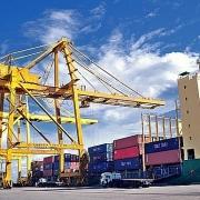 Thặng dư thương mại 7 tháng đầu năm tăng mạnh lên 8,4 tỷ USD
