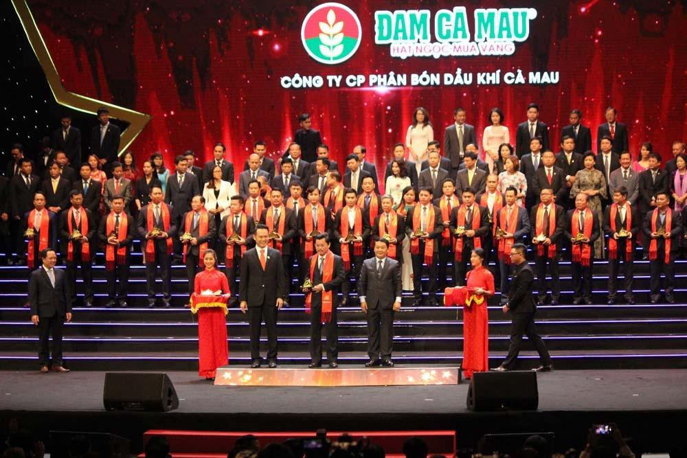Hạt Ngọc Mùa Vàng xứng danh Sao vàng đất Việt lần thứ 3 liên tiếp