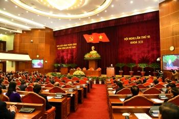 Bế mạc Hội nghị Trung ương 15