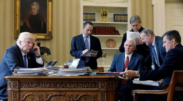 Đội ngũ thân cận của ông Trump trong nhiệm kỳ sóng gió