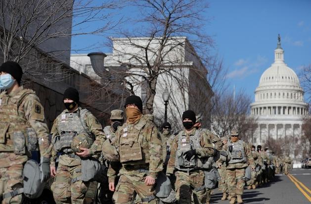 Hơn 150 vệ binh bảo vệ lễ nhậm chức của ông Biden mắc Covid-19