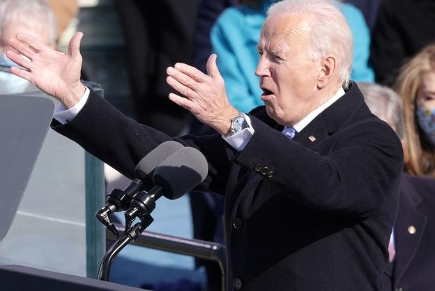 Đồng hồ hàng hiệu của ông Biden gây chú ý trong lễ nhậm chức