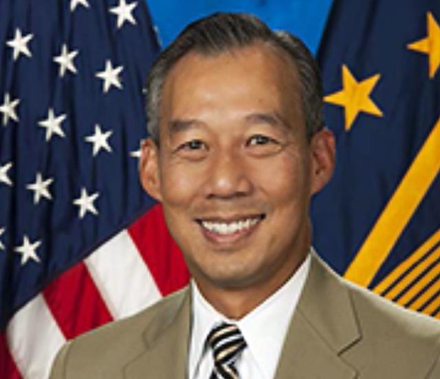 Người gốc Việt làm quyền bộ trưởng trong nội các của ông Biden - 1