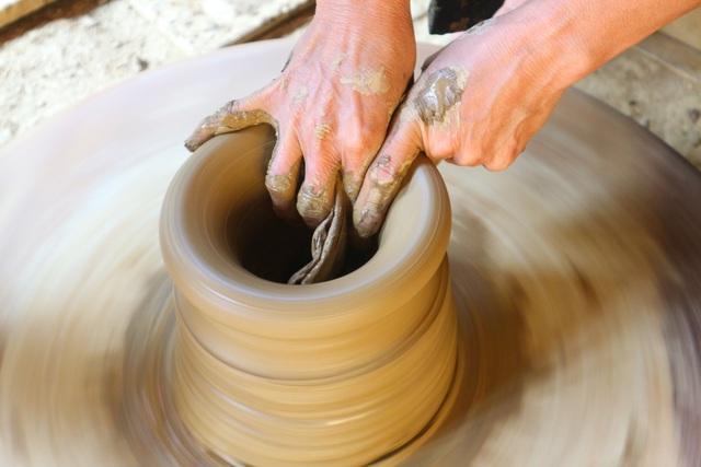 Giáp Tết Tân Sửu, xem nghệ nhân làng gốm Thanh Hà nặn tượng trâu đất - 11