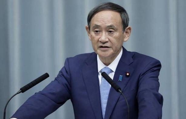 """Thủ tướng Nhật Bản xin lỗi vì các nghị sĩ """"phá rào"""" mùa dịch đi hộp đêm"""