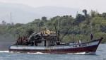 Tàu Trung Quốc lại đâm tàu cá Philippines