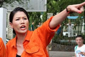 Trang Trần chửi thề cả trên sóng truyền hình