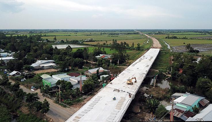 Cao tốc phía Tây đồng bằng Mekong thông tuyến cuối tháng 9