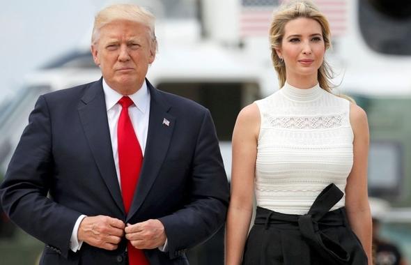 """Hé lộ """"vũ khí"""" có thể dọn đường cho Ivanka Trump trở lại chính trường"""