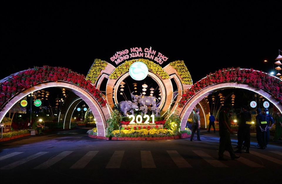 Đặc sắc linh vật trâu Tết Tân Sửu 2021 tại các địa phương