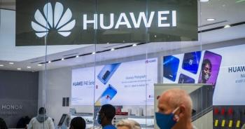 Vì sao Huawei vẫn chưa từ bỏ mảng smartphone?