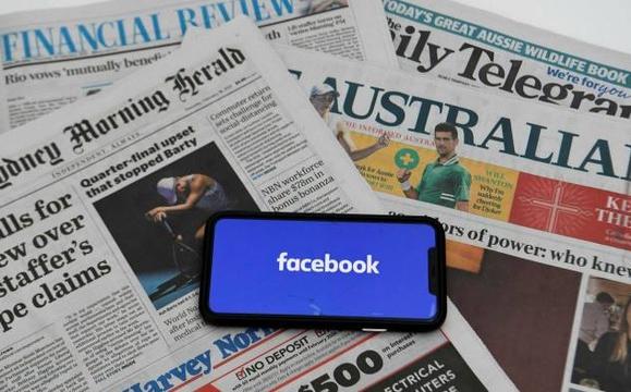 """Bị dọa đòi tiền, Facebook kích hoạt """"cuộc chiến tin tức"""" với Australia"""
