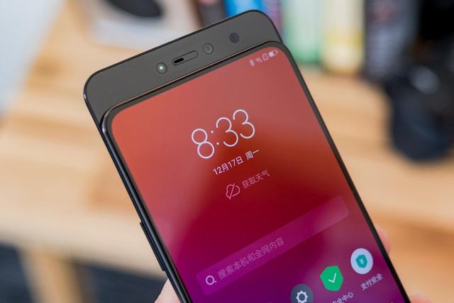 Vì sao smartphone màn hình trượt bị ghẻ lạnh? - 2