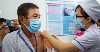 Chưa xảy ra tác dụng phụ nặng khi tiêm vắc xin Covid-19 sản xuất trong nước