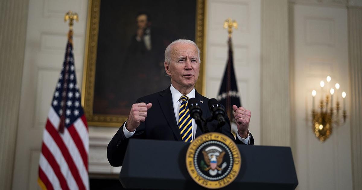 Tranh cãi thẩm quyền của ông Biden khi bất ngờ phát lệnh không kích Syria