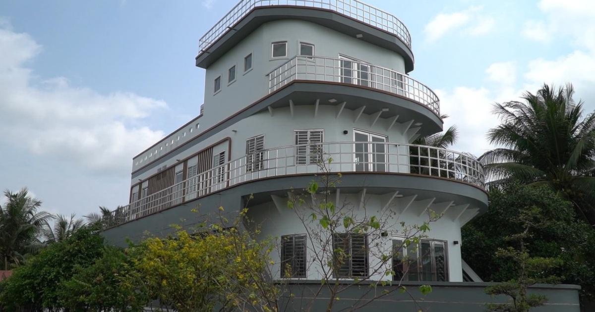 Ngắm ngôi nhà 5 tỷ đồng giống như du thuyền độc nhất ở miền Tây