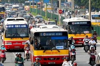 Hà Nội dừng 80% chuyến lượt xe buýt