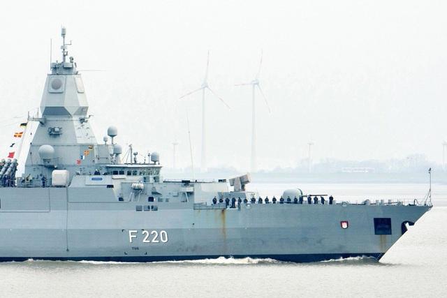 Giải mã hành trình tới Biển Đông sau gần 20 năm của tàu chiến Đức - 1