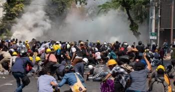 Mỹ giáng đòn trừng phạt Myanmar sau ngày biểu tình đẫm máu