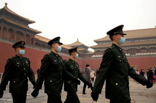 Trung Quốc tăng ngân sách quốc phòng lên 210 tỷ USD - 1