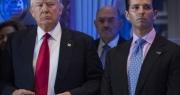 Ông Trump và con trai cả bị kiện