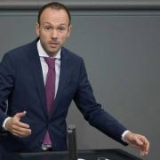 Nghị sĩ Đức mất chức vì bê bối mua bán khẩu trang Trung Quốc