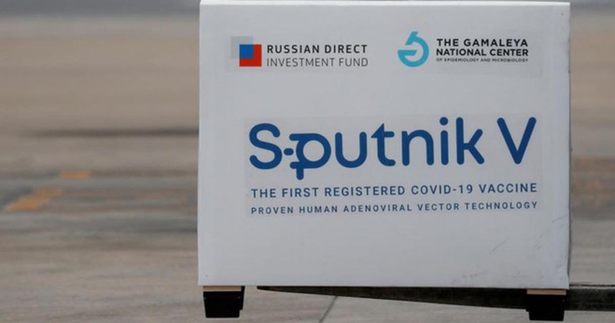 Thư ký Hội đồng An ninh Nga mang lô vắc xin Sputnik V tặng Việt Nam