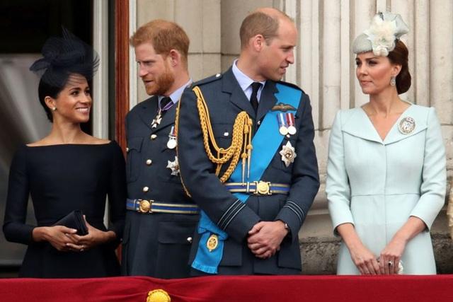 Hoàng tử Harry liên hệ với hoàng gia Anh sau cuộc phỏng vấn gây sốc - 1