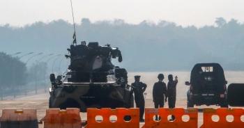 """Mỹ chuẩn bị giáng đòn vào """"cỗ máy in tiền"""" của quân đội Myanmar"""