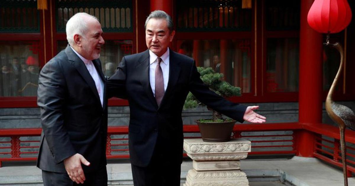 """Trung Quốc tìm lối thoát giữa """"vòng vây"""" trừng phạt của phương Tây"""