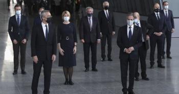 """Tầm nhìn NATO 2030: Đưa cả Nga -Trung vào """"tầm ngắm"""""""