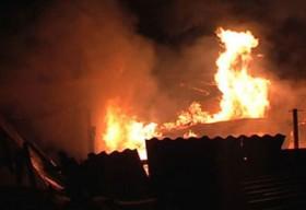 Phóng hỏa đốt nhà vợ cũ
