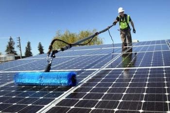 Những lưu ý khi vệ sinh pin năng lượng mặt trời