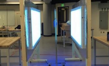 Trạm khử trùng thiết bị bảo hộ y tế bằng tia UV