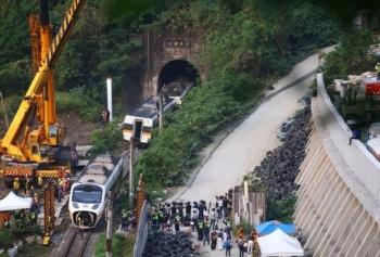 Một phút định mệnh trước thảm họa đường sắt Đài Loan làm 50 người chết