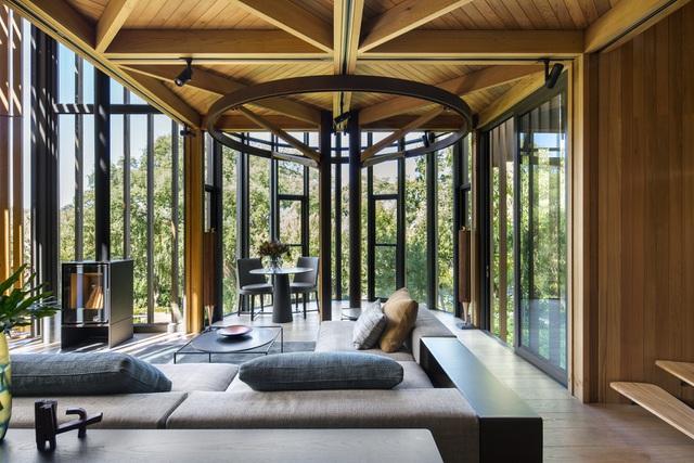 Dinh thự phong cách safari sang trọng giữa rừng cây ở Nam Phi - 7