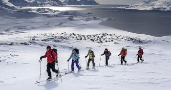 """Những """"cái đầu nóng"""" ở Greenland"""
