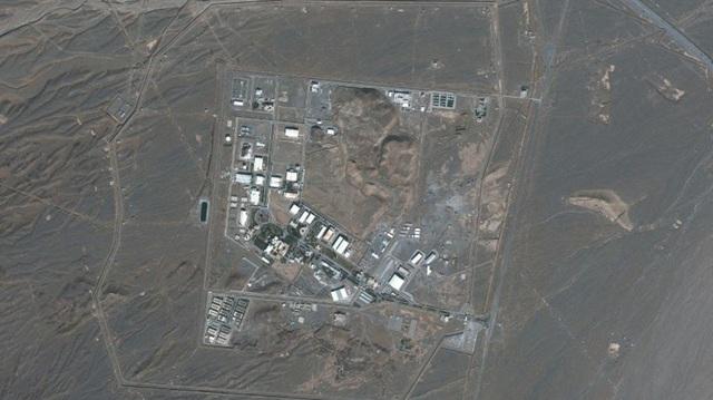 Iran nói bị khủng bố hạt nhân - 1
