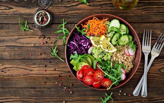 Ăn chay, ăn quá nhiều trái cây cũng có thể khiến gan nhiễm mỡ